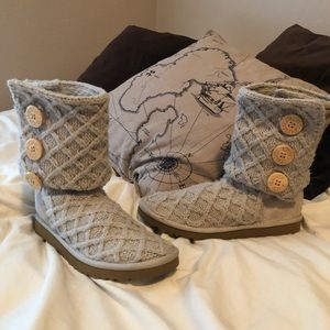 Light Tan Knitted UGG Tall/Fold Over Boots